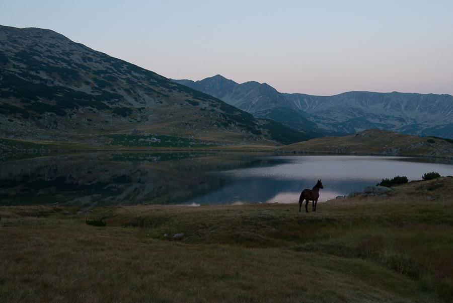 zanoaga-lake-retezat-mountain-2012